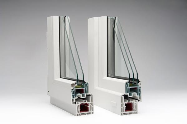 تفاوت درب و پنجره دوجداره با سه جداره