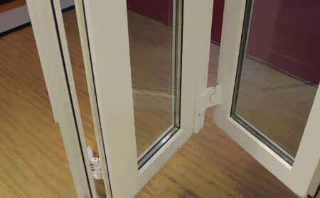 درب و پنجره يو پی وی سی آكاردئونی